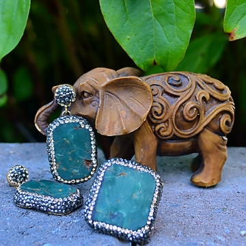 green-elephant-earrings-chakraas-w.jpg